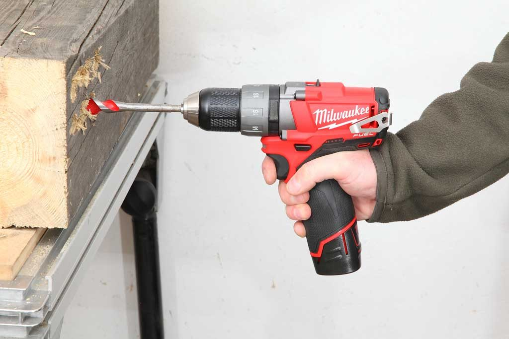 Milwaukee_M12CDD_ 01