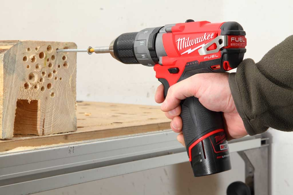 Milwaukee_M12CDD_ 02