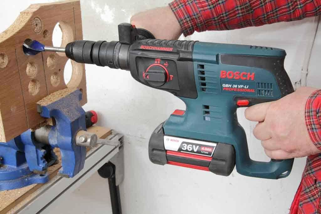 Bosch_GBH36 VF-Li_02