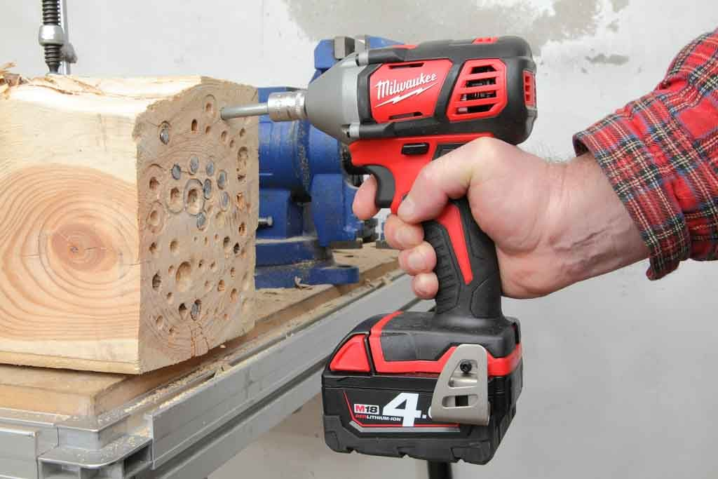 Milwaukee_M18BIW38_03