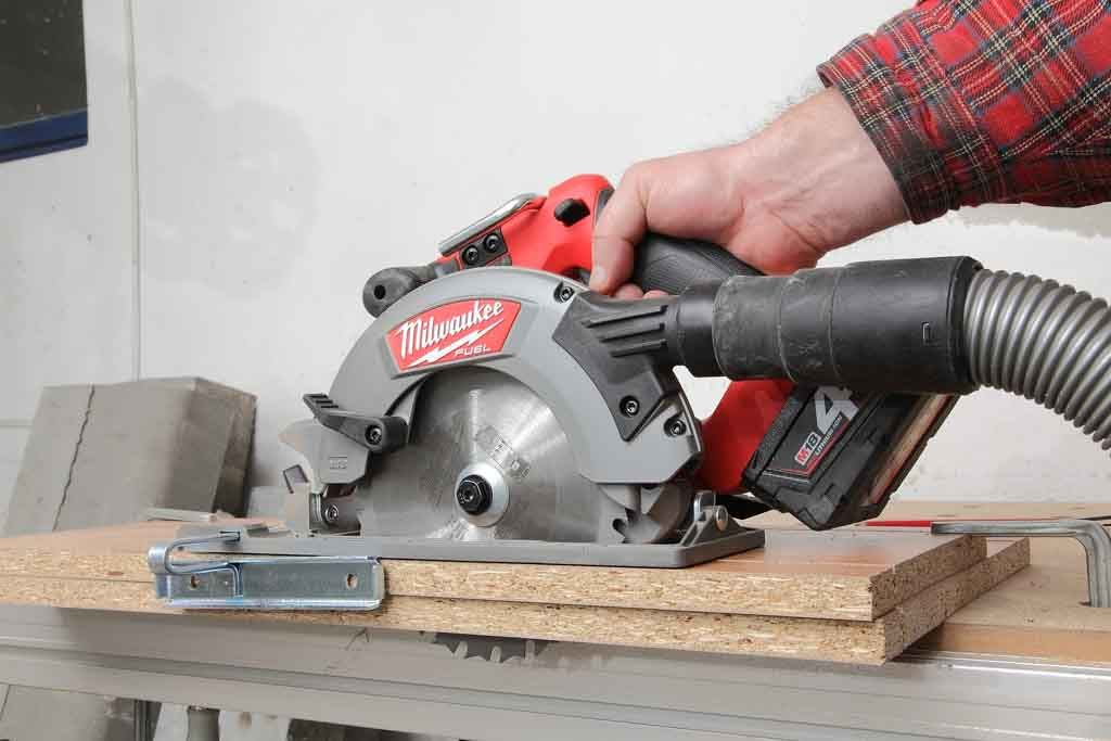 Milwaukee_M18CCS55_04