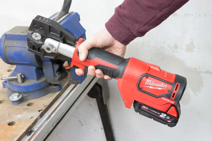 Milwaukee_M18HCC-4