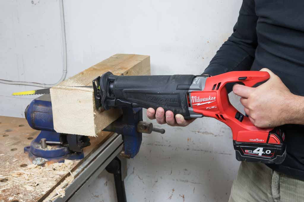 Milwaukee_M18ONESX-2