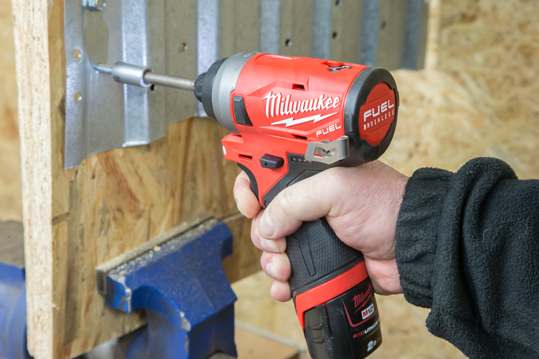 Milwaukee_M12FID-2
